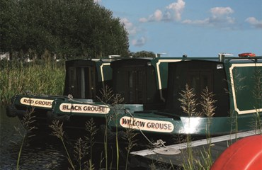 Capercaille Cruises |Canal holidays in Falkirk|Self Catering holidays