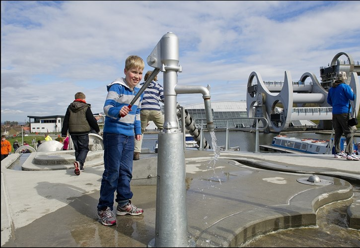 The Falkirk Wheel, Kids splash play area